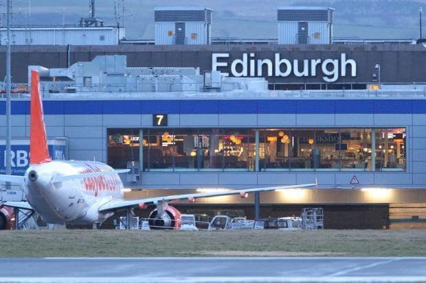 Book Your Edinburgh Airport Taxi
